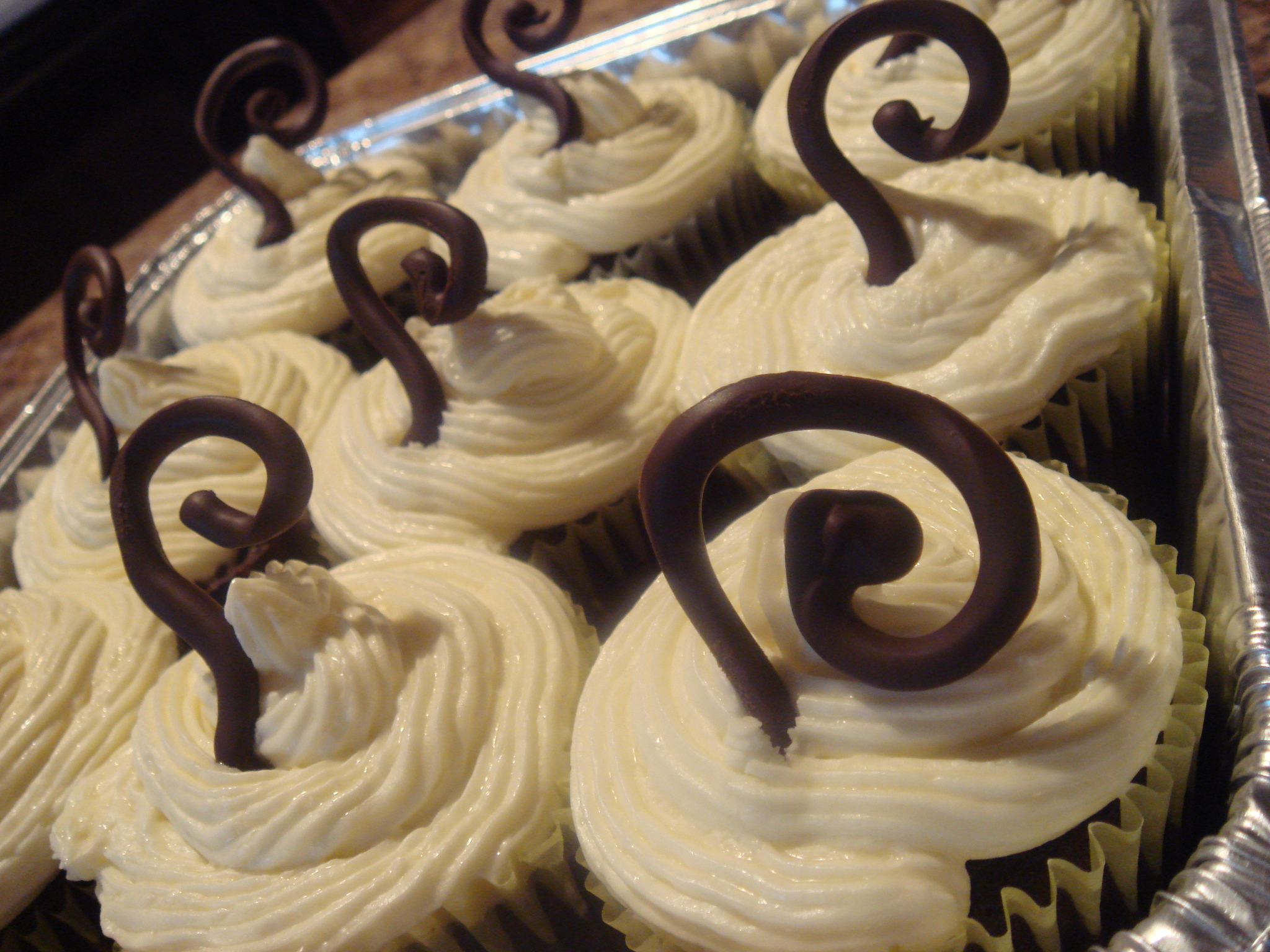Get it?  They're chocolate swirls o' steam.  Cause they're mocha cupcakes!